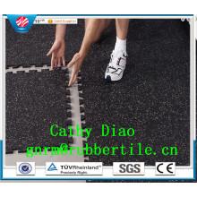 Pisos de gimnasio que se enclavija de la fuente de la fábrica de China, piso de goma de los deportes, estera antifatiga del suelo de la estera del gimnasio