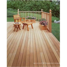 Red Cedar Holzterrasse