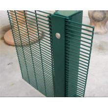 Clôture en treillis haute sécurité / sécurité anti-escalade 358 Clôture de maillage