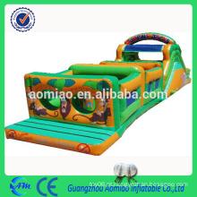 Curso de obstáculo inflável novo curso inflável do obstáculo do trem do castelo para miúdos / adulto