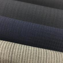 Wolle / Polyester Blend Kammgarn Stoff