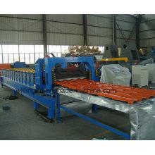 Machine de formage de rouleaux de panneaux muraux en acier émaillé avec servomoteur