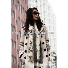 El invierno DK de la señora imprimió la bufanda de lana