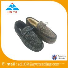 Zapatos interiores del deslizador del invierno del estilo de la manera