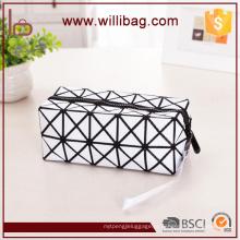 Saco cosmético do couro da forma para o saco bonito da composição do projeto das senhoras