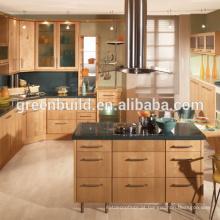 Armário de cozinha do apartamento da madeira de carvalho