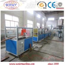 Profil en plastique en bois économique de PVC de PVC faisant la machine pour la décoration d'intérieur