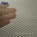O metal pequeno do furo revestido plástico expandiu o metal para grades da chamada