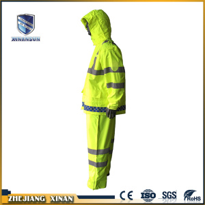 light weight waterproof useful reflective clothing