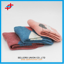 Fabrik Preis Top Qualität hübsche Frottee Socken / benutzerdefinierte warme Frottee Wolle Socken