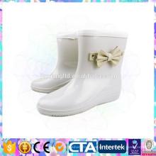 Zapatos populares de la lluvia de la muchacha de la venta caliente