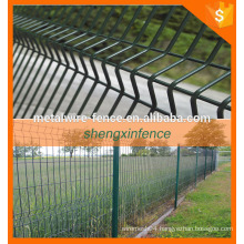 Triangle Fence/bending fence 3d fence/ Welded Wire Mesh Fence
