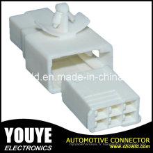Connecteur de câble en plastique des véhicules à moteur électrique femelle 6p pour la voiture de Toyota