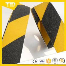 Cinta antideslizante de rayas amarillas y negras
