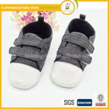 Zapatos de niños para chica Real Polka Dot Hook & Loop Unisex Pvc All Seasons 2015 Nuevo estilo Velcro zapatos de lona niños