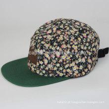 5 tampas e chapéu de painel