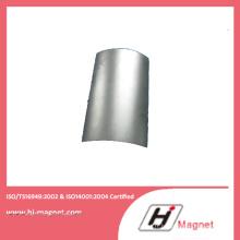 Vente chaude fabriqué par l'usine avec aimant N50 au néodyme Segment revêtement nickel pour le besoin du client