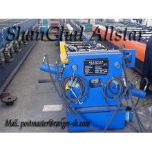 Máquina formadora de rollos de cobre bajante cuadrada