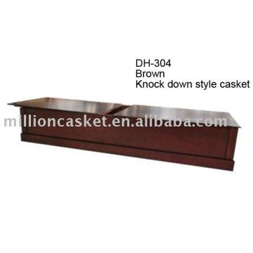 Golpee abajo el ataúd de madera americano