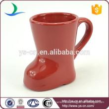 2105 taza de cerámica de la venta del gres rojo caliente de la venta con la impresión modificada para requisitos particulares de la insignia