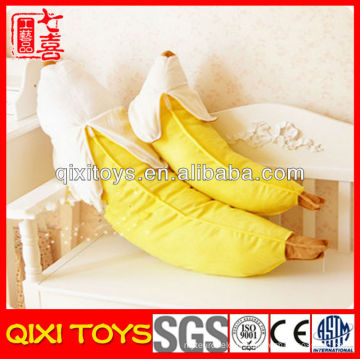 Jouet mou de banane mignonne en peluche