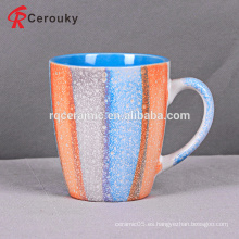 Taza de agua de cerámica reactiva del diseño hermoso