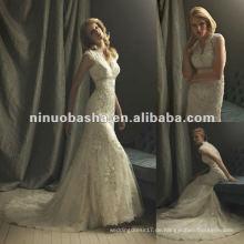 Atemberaubende handgemachte Perlenspitze Brautkleid