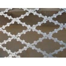 Diamond Opening Galvanized Razor Wire Fence