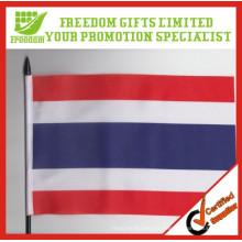 2014 haute qualité agitant Polyster promotionnel main drapeau
