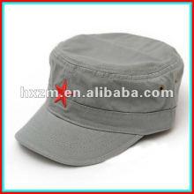 Bouchon et chapeau militaire à la broderie