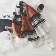 Gros lady fashion coton avec gland foulard musulman de style long hijab