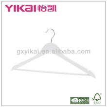 Белая деревянная вешалка для одежды с U-образными вырезами и круглой полосой