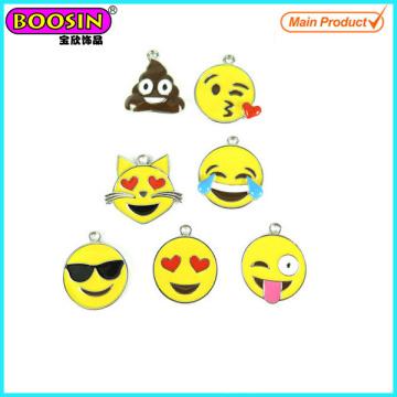 Encantos modificados para requisitos particulares al por mayor de Emoji del esmalte de la aleación del metal # Scc001