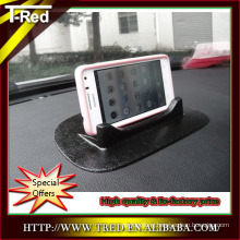 shenzhen mobile phone sticky mat PU gel adhesive car phone holder in the car
