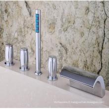 Robinet mélangeur de baignoire de luxe monté sur le pont 5 PCS (Qh001-19)
