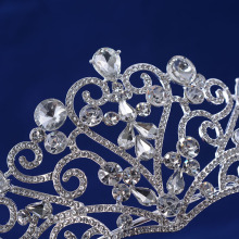 2017 New Style Heart-shaped Rhinestone Crown