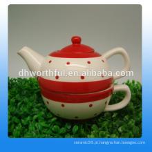 Excelente bule de cerâmica em massa e xícara de chá em design elegante