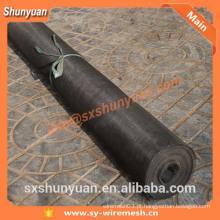 ISO9001 Fábrica de PVC preto Janela tela rede de arame Netting / resina epóxi revestido de arame de alumínio