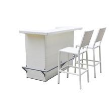 Chaises en métal Vintage extérieures avec table de bar