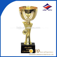 2017 novo tipo elegante troféu de metal tropa fornecedores chineses