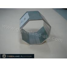 Tubo octogonal para porta de obturador de rolo em perfil de alumínio