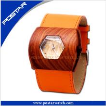 Elegante reloj de madera con movimiento suizo con banda de cuero genuino