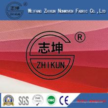 Tissu non-tissé différent de couleurs rouges de pp Spunbond pour des sacs à provisions / sacs à main