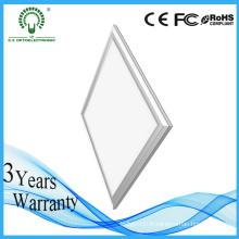 5 ans de garantie haute qualité Ce / RoHS approuvé panneau carré 600 * 600 mm