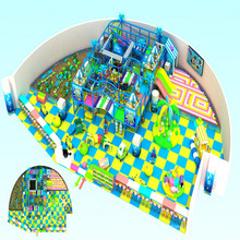 O design interior bonito do parque infantil para brinquedos para crianças