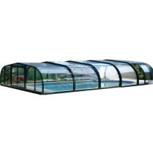 Couverture de piscine en bois toute l'année pour piscine