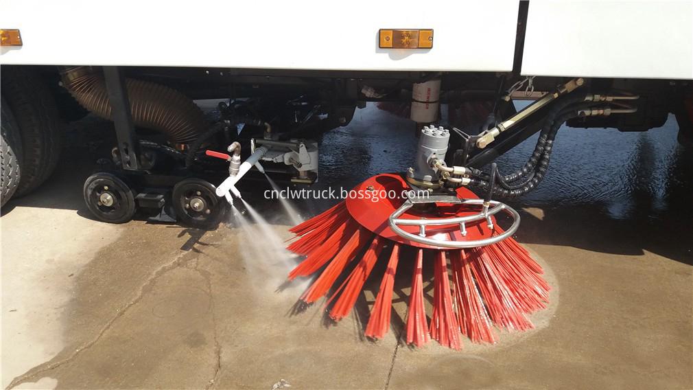 street sweeper vacuum truck 7