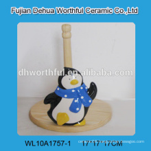 2016 factory direct sale ceramic tissue holder with penguin design