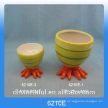 Sostenedor de cerámica al por mayor del huevo para el día de Pascua