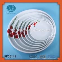 Corée Unbreakable White Color Round Wholesale Plaques de charge, plaque en céramique avec décalque
